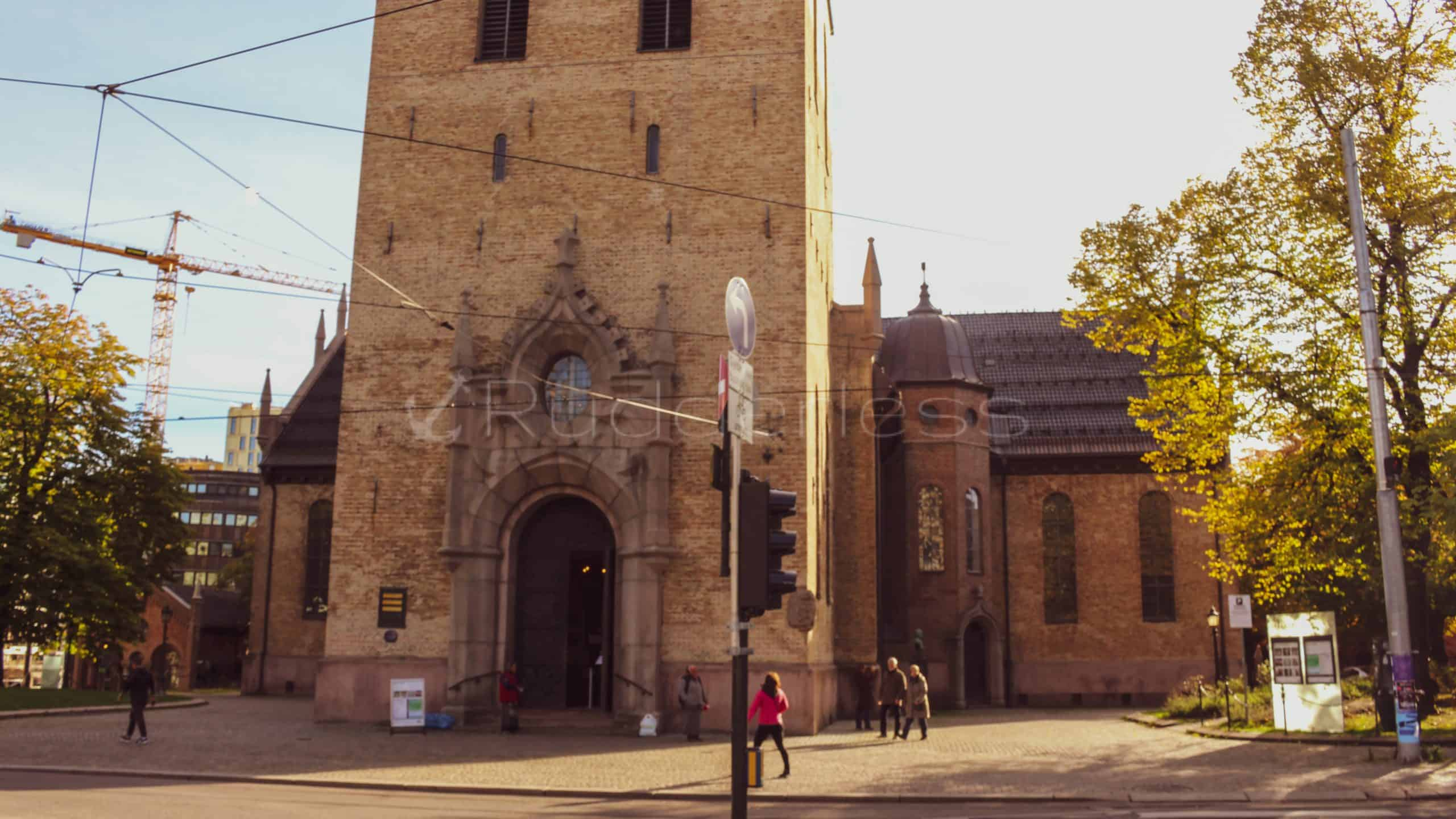 oslo cathedral - oslo sightseeing