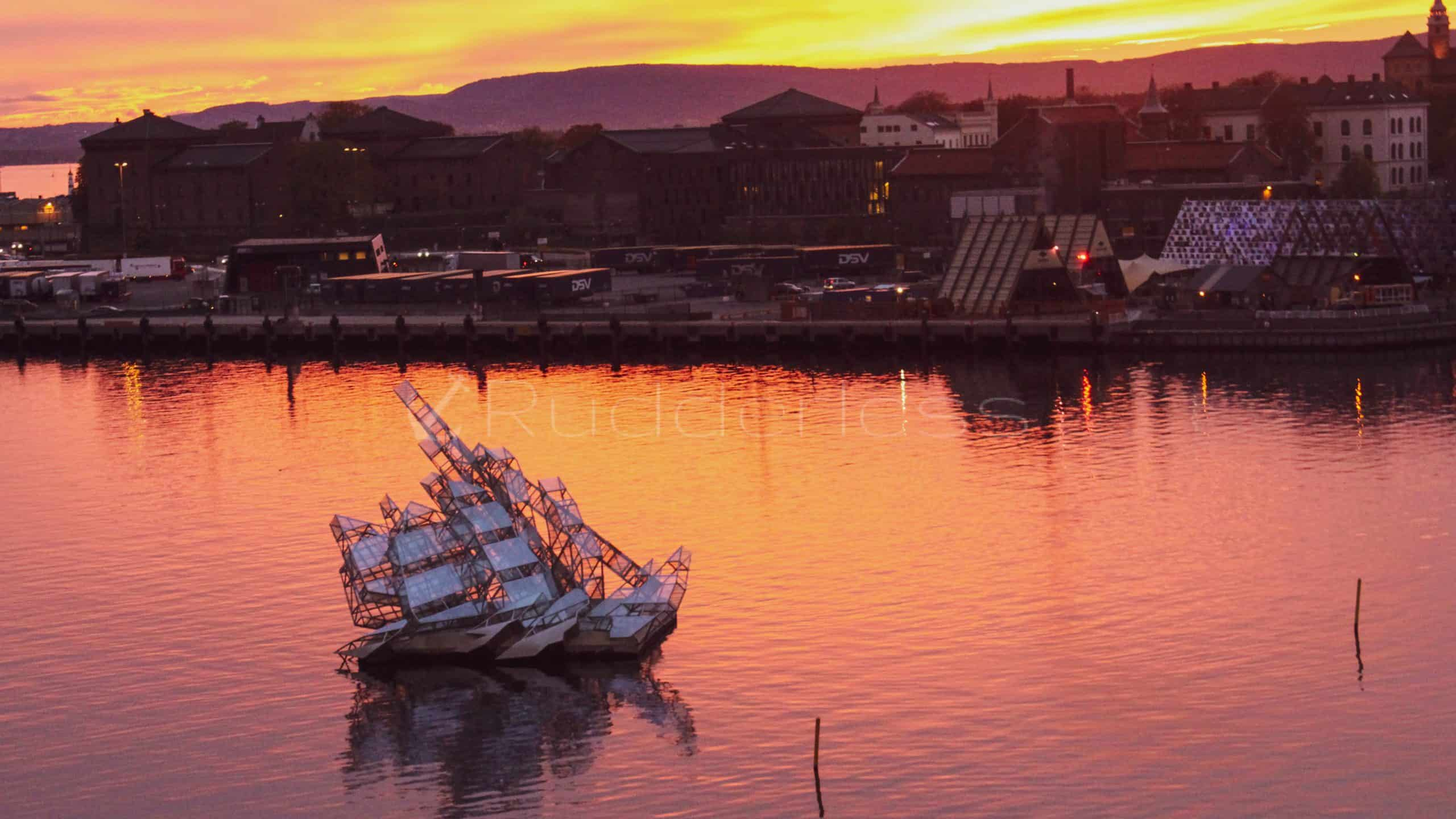 top things to do in oslo - oslo opera house